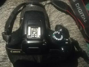 كاميرة كانون 1100D العرض محدود