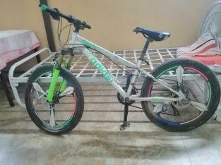 دراجه هوائيه جبليه تم شراءها من الصين وحديدها متين… استعمال شخصي🤩